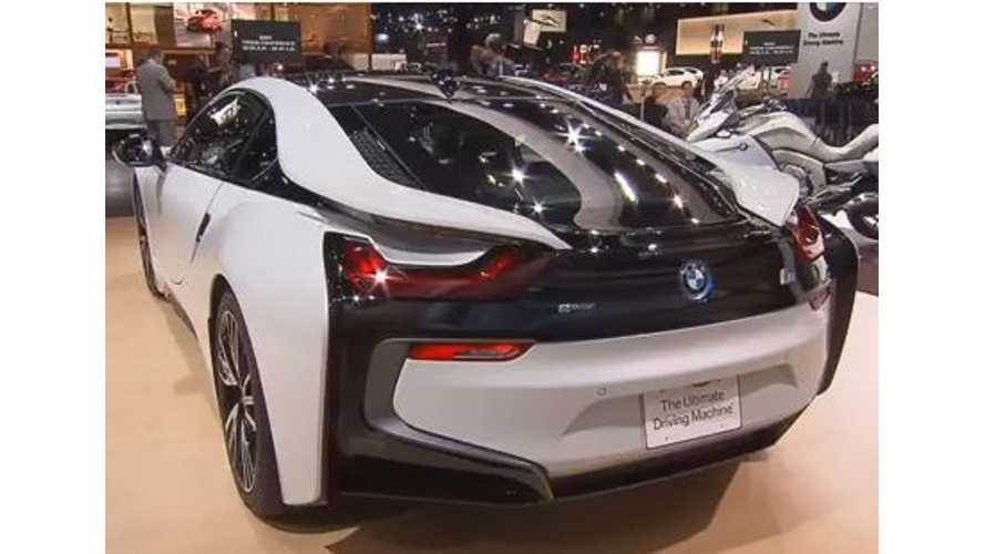 Video: Explore the BMW i8 Inside and Out