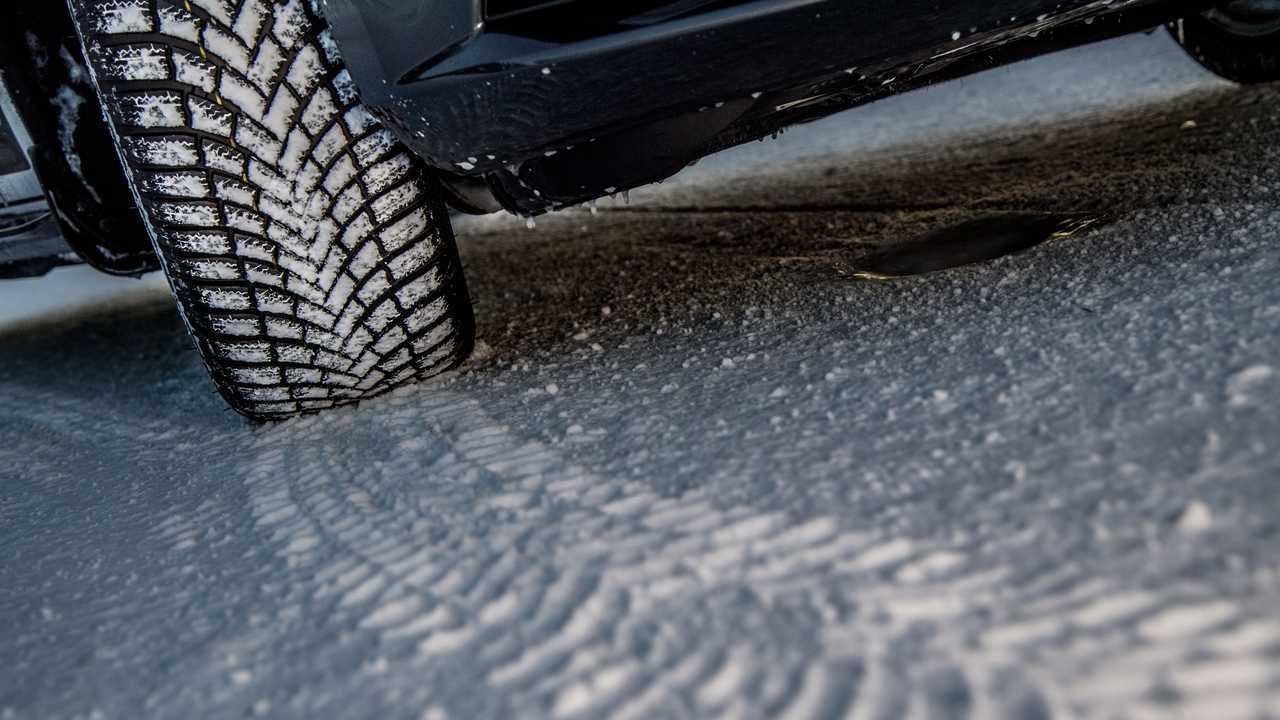Bridgestone Blizzak LM005: pneumatici invernali pensati per la pioggia