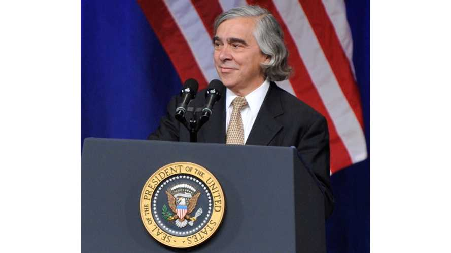 US Energy Secretary Moniz Highlights Plug-In Vehicle Sales Growth