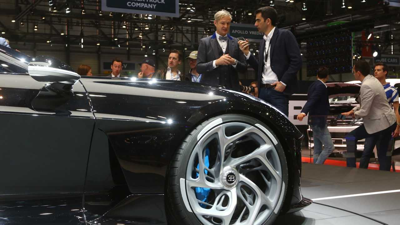 Bugatti La Voiture Noire, intervista al designer