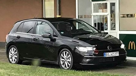 VW Golf 8 (2019) zeigt sich praktisch ohne Tarnung!