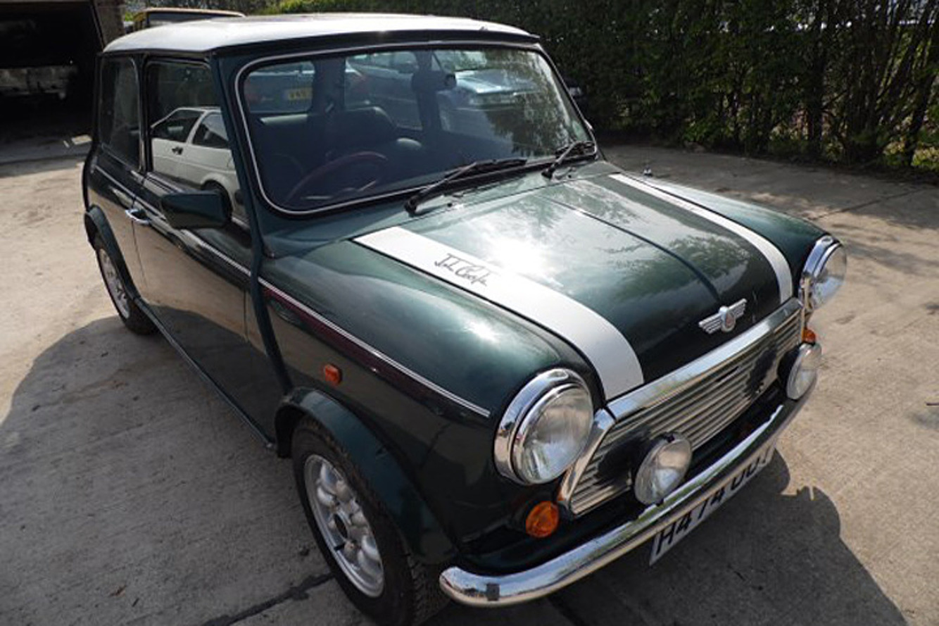 Rare Mini Cooper With Just 292 Miles Hasn't Moved in 25 Years