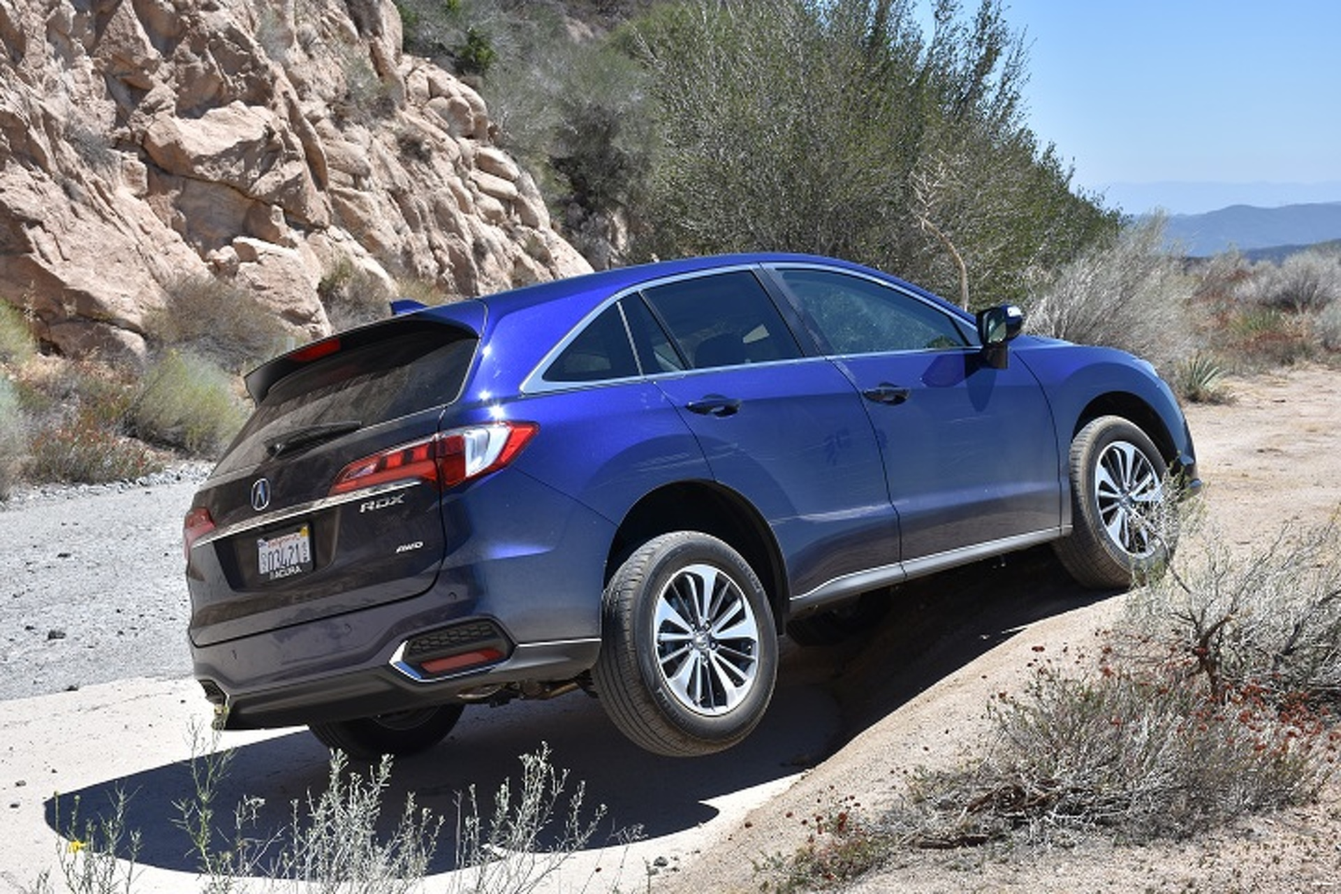 The Acura RDX Is Like A Gucci Mountain Goat Review - Acura rdx tires