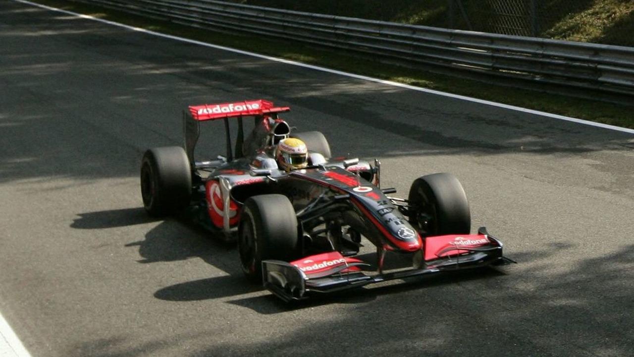 Lewis Hamilton took Pole for the 2009 Italian Grand Prix at