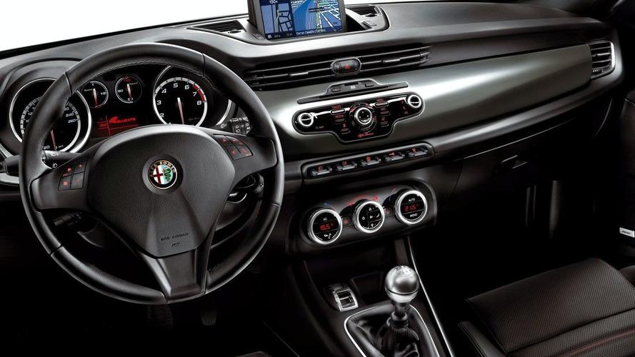 Alfa Romeo Giulietta Unveiled for Geneva Crowds