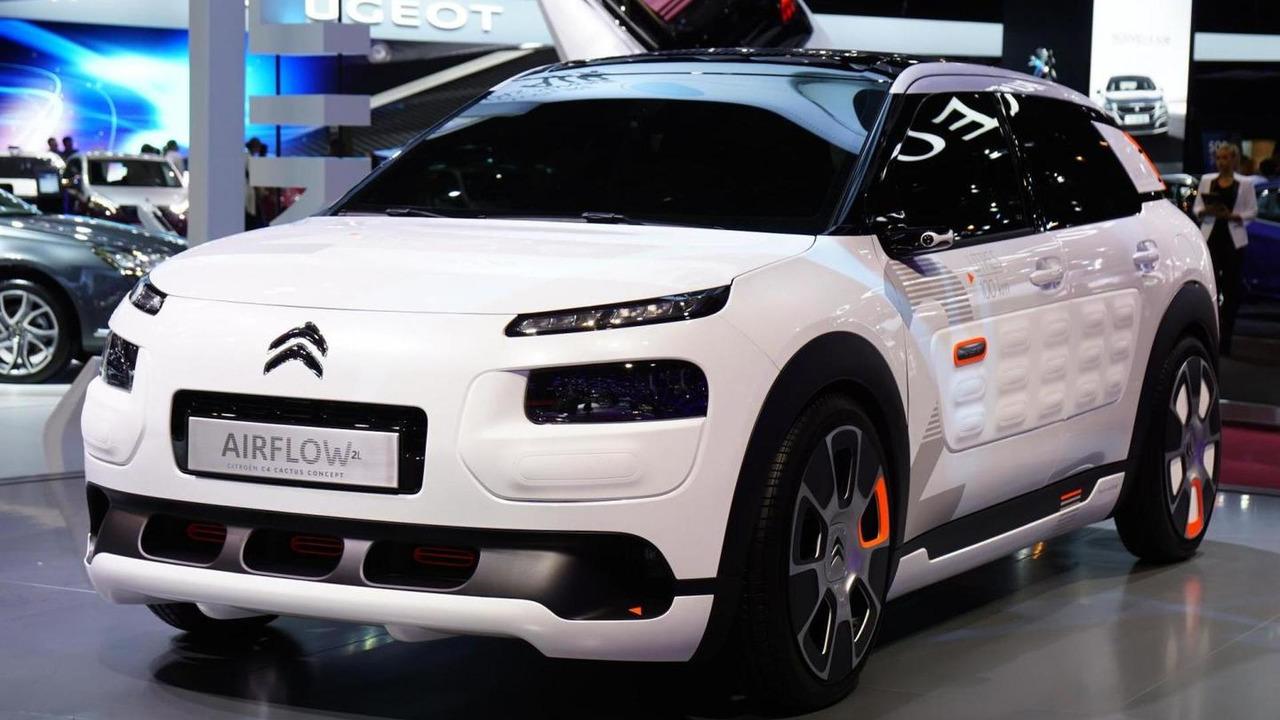 Citroen C4 Cactus AIRFLOW 2L concept live in Paris