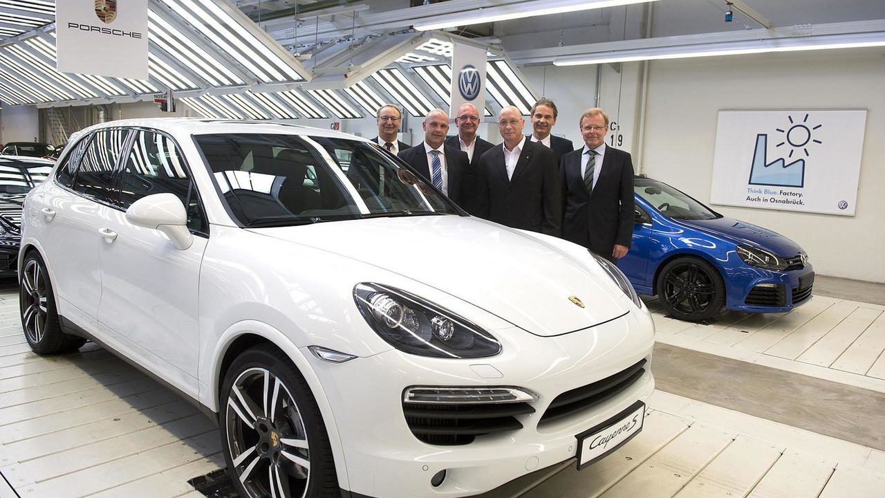 Porsche Cayenne production announcement at VW Osnabrück plant