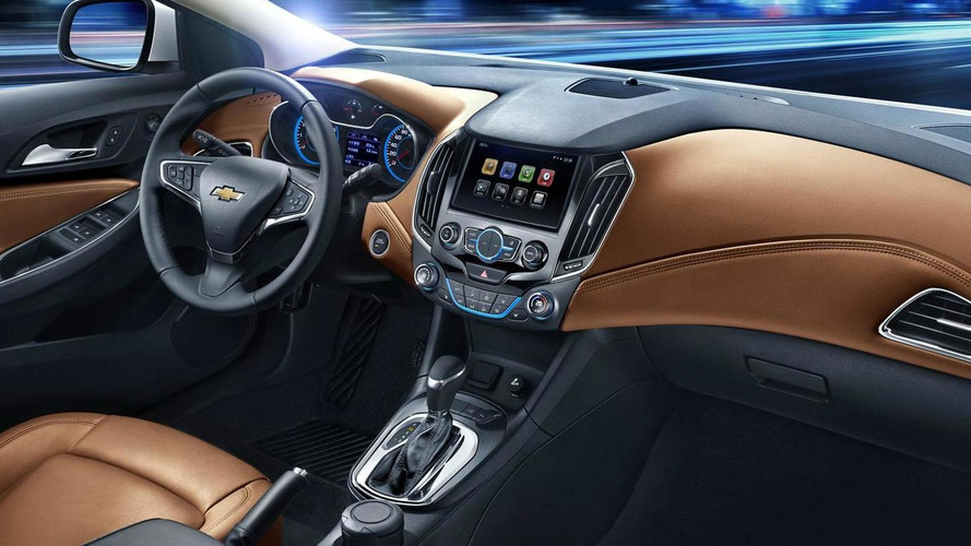 2015 / 2016 Chevrolet Cruze interior revealed