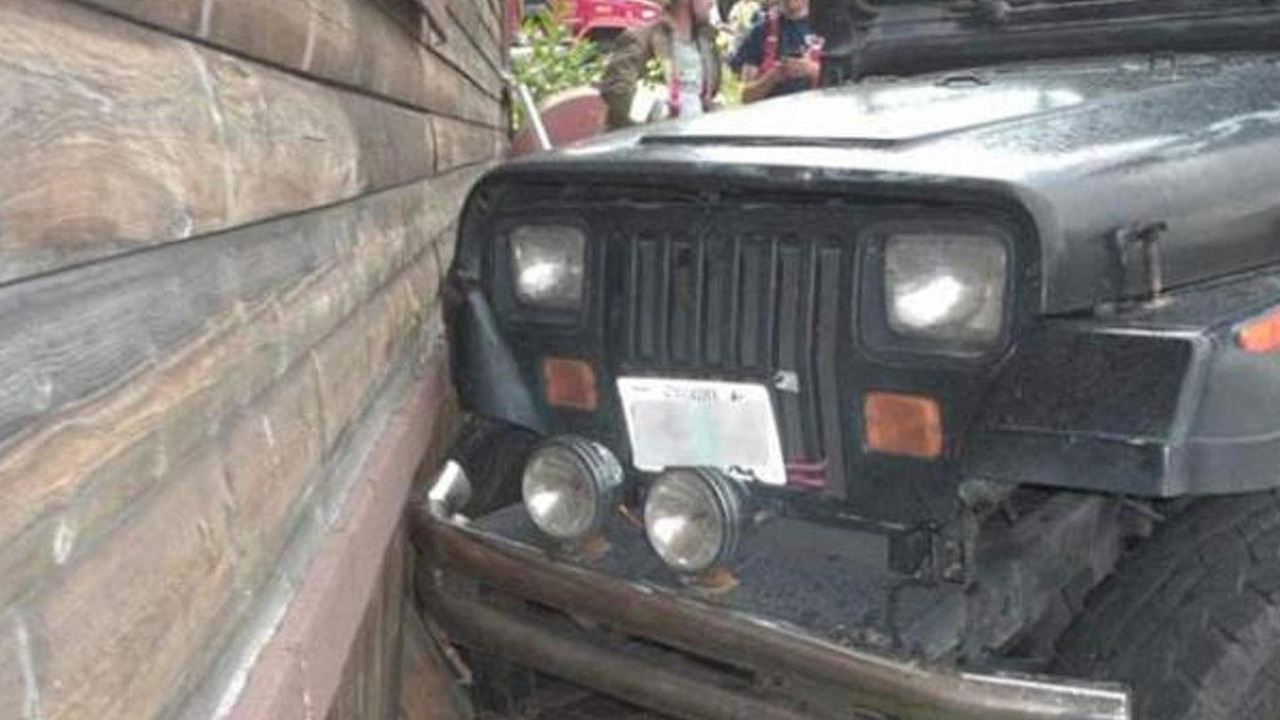 3-year-old boyr crashes Jeep Wrangler in Oregon, USA