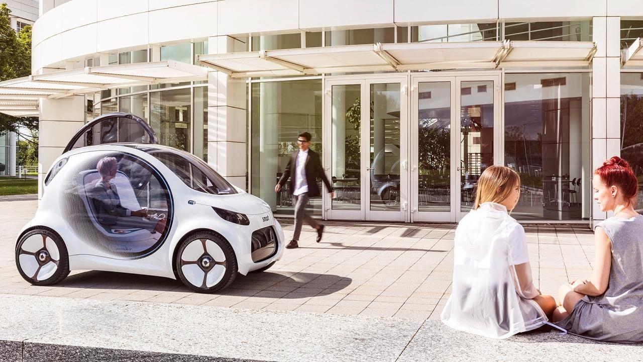 [Copertina] - Car sharing elettrico a guida autonoma, i 5 segreti degli algoritmi intelligenti
