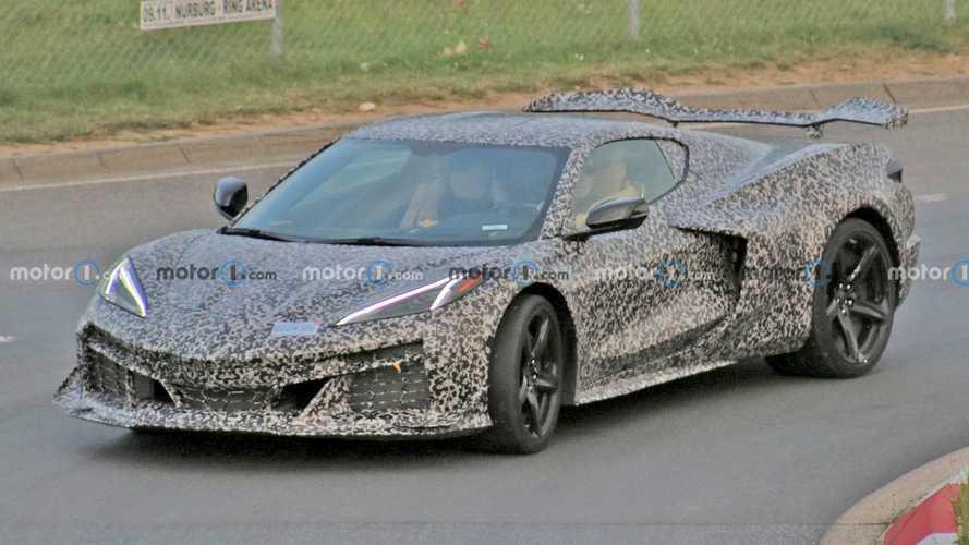 Chevy Corvette Z06 C8 Spied In Light Camouflage Revealing Mean Body