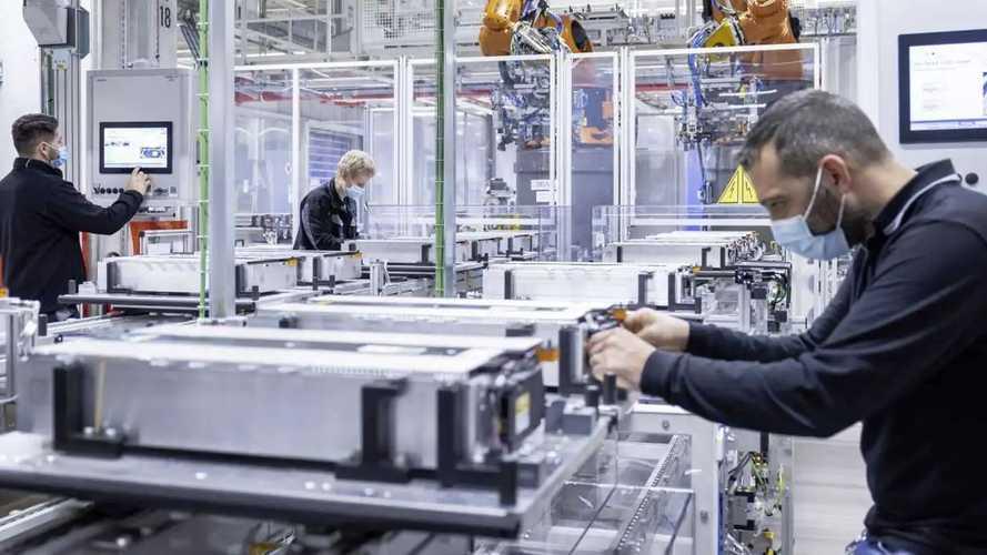 Mercedes s'associe à Stellantis dans la production de batteries