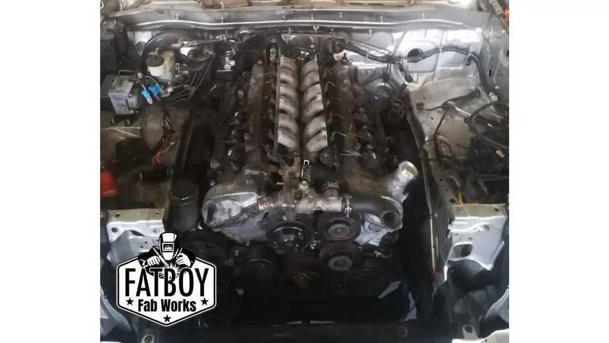 Toyota Hilux V12 biturbo by Fatboy Fab Works