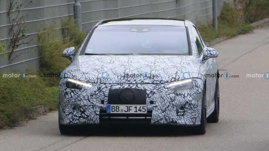2023 Mercedes-AMG EQE 53 spy photos