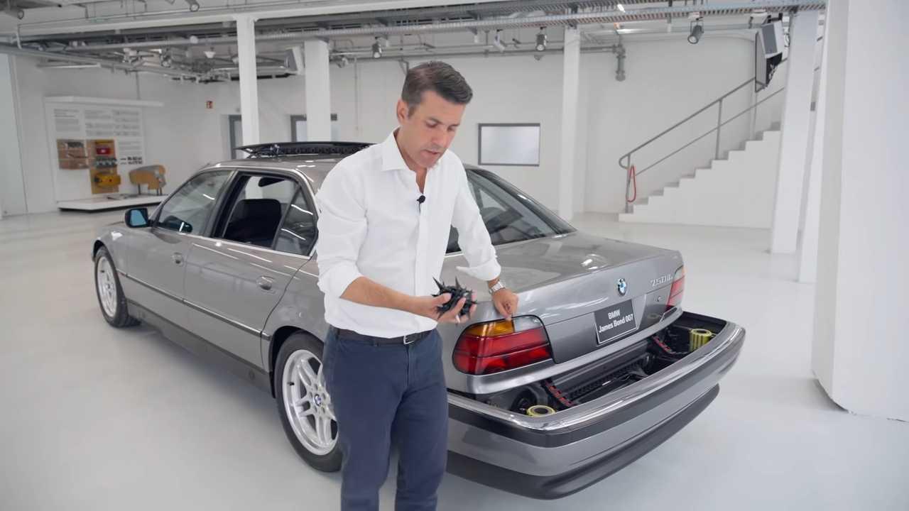 BMW 750iL - Inside BMW Group Classic