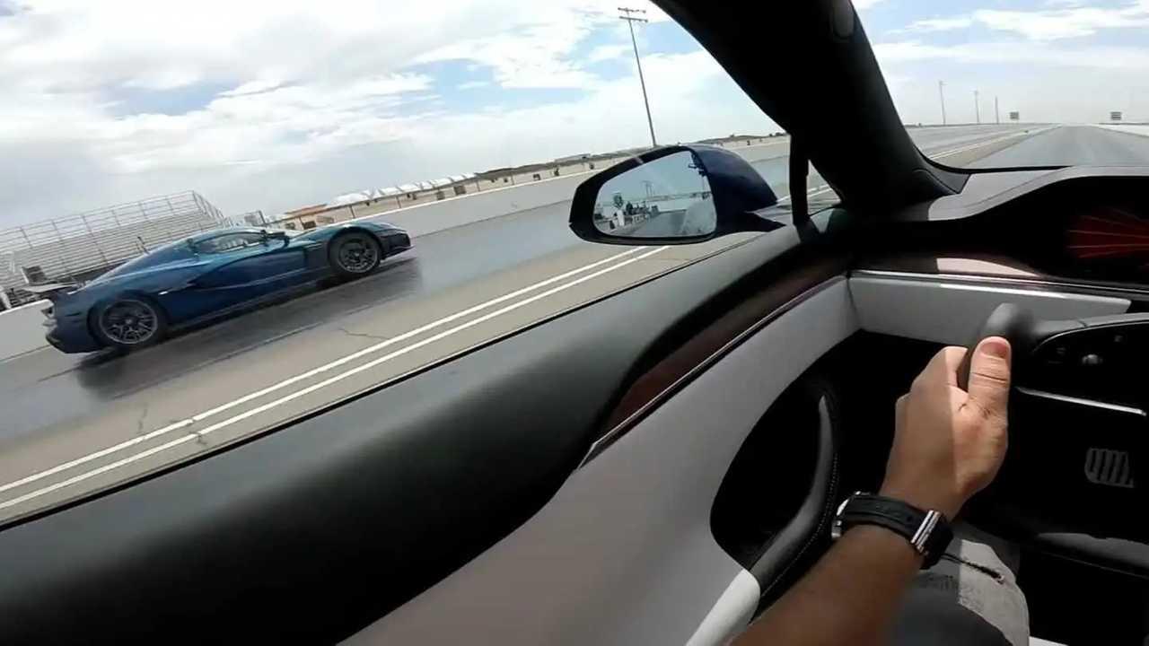 DragTimes ha messo a confronto le due auto di produzione più veloci di sempre