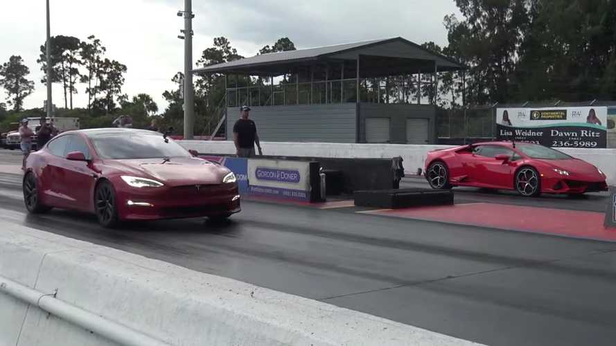 How Can A Lamborghini Huracan Evo Get Beat This Bad In A Drag Race?