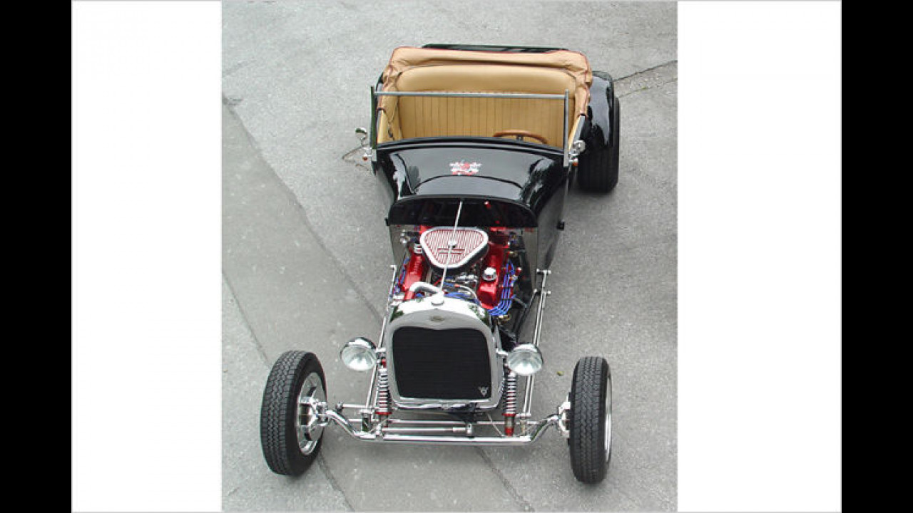 Custom Cars: 1928 Ford A Roadster
