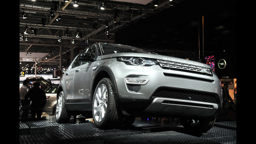 Land Rover Discovery Sport, che fascino incontrarla dal vivo a Parigi