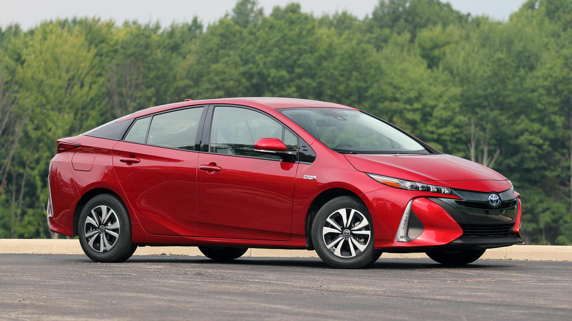 Best Plug In Electric Car Deals For July 2019