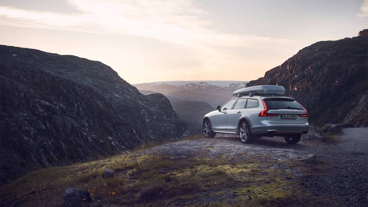 V90 Cross Country Volvo Ocean Race