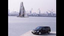 Mercedes Classe R partner di Alinghi
