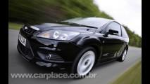 Ford lança Focus Zetec S no Reino Unido - Versão traz apenas visual agressivo