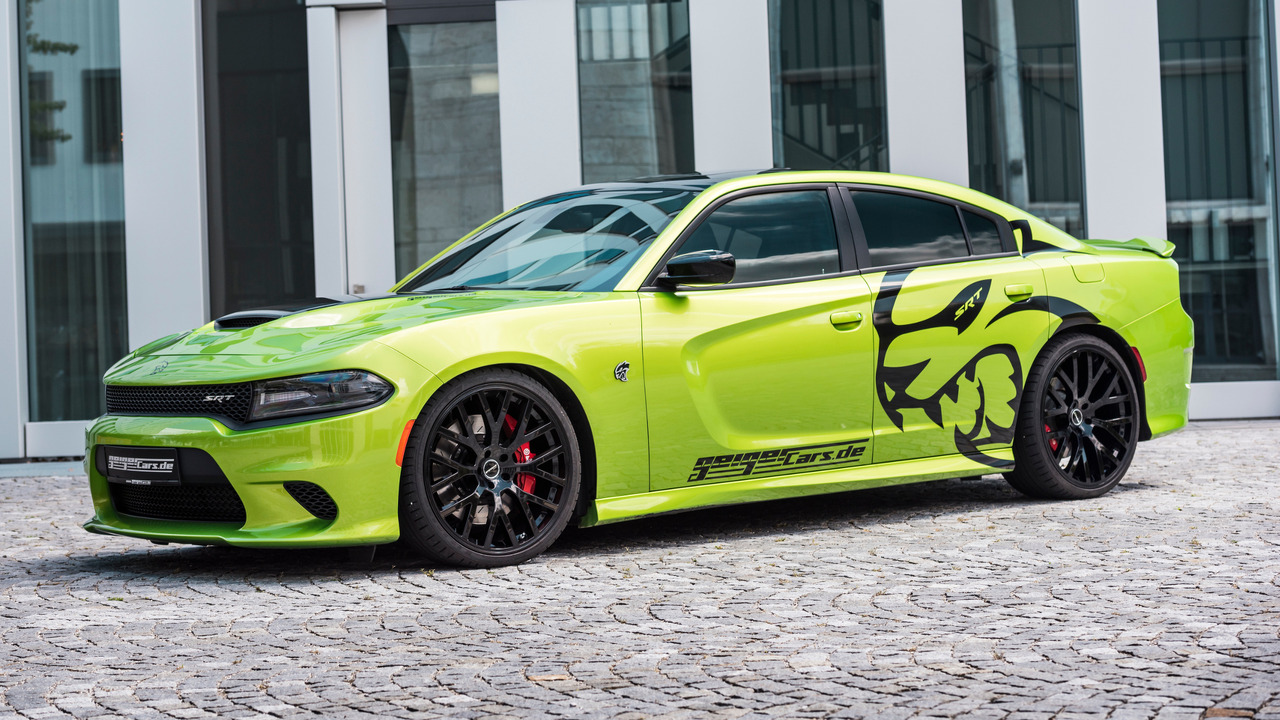 GeigerCars imzalı Dodge Charger Hellcat