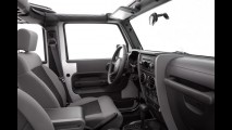 Jeep Wrangler ganha nova versão Unlimited Sport com quatro portas