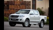 ÁFRICA DO SUL, novembro: Toyota Hilux na ponta e alemães em briga feroz