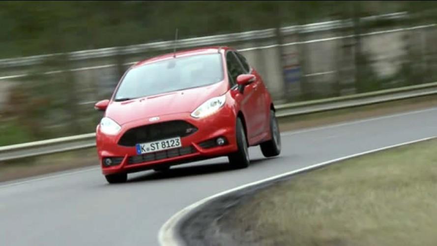 Vídeo: Ford Fiesta ST mostra sua força na pista
