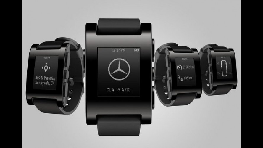 Mercedes e Pebble criam relógio inteligente que monitora carro