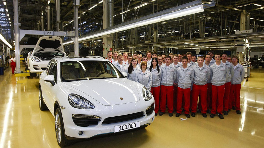 Porsche makes 100,000th Cayenne II