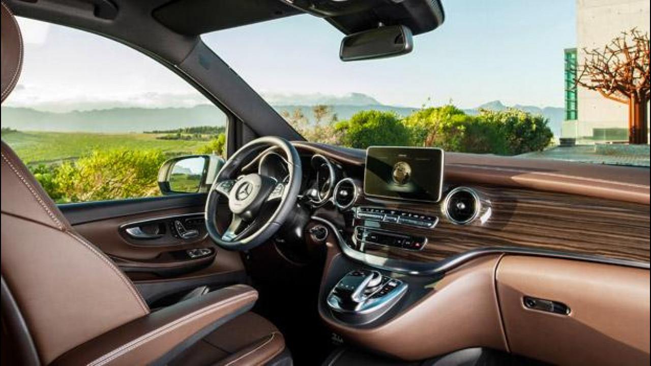 [Copertina] - Mercedes Classe V, italiana dentro