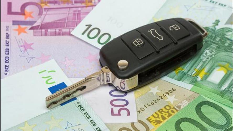Assicurazioni auto, il premio è calato quasi del 20% in un anno