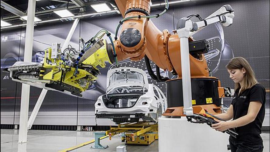 Mercedes, dal presente al futuro dell'auto digitale