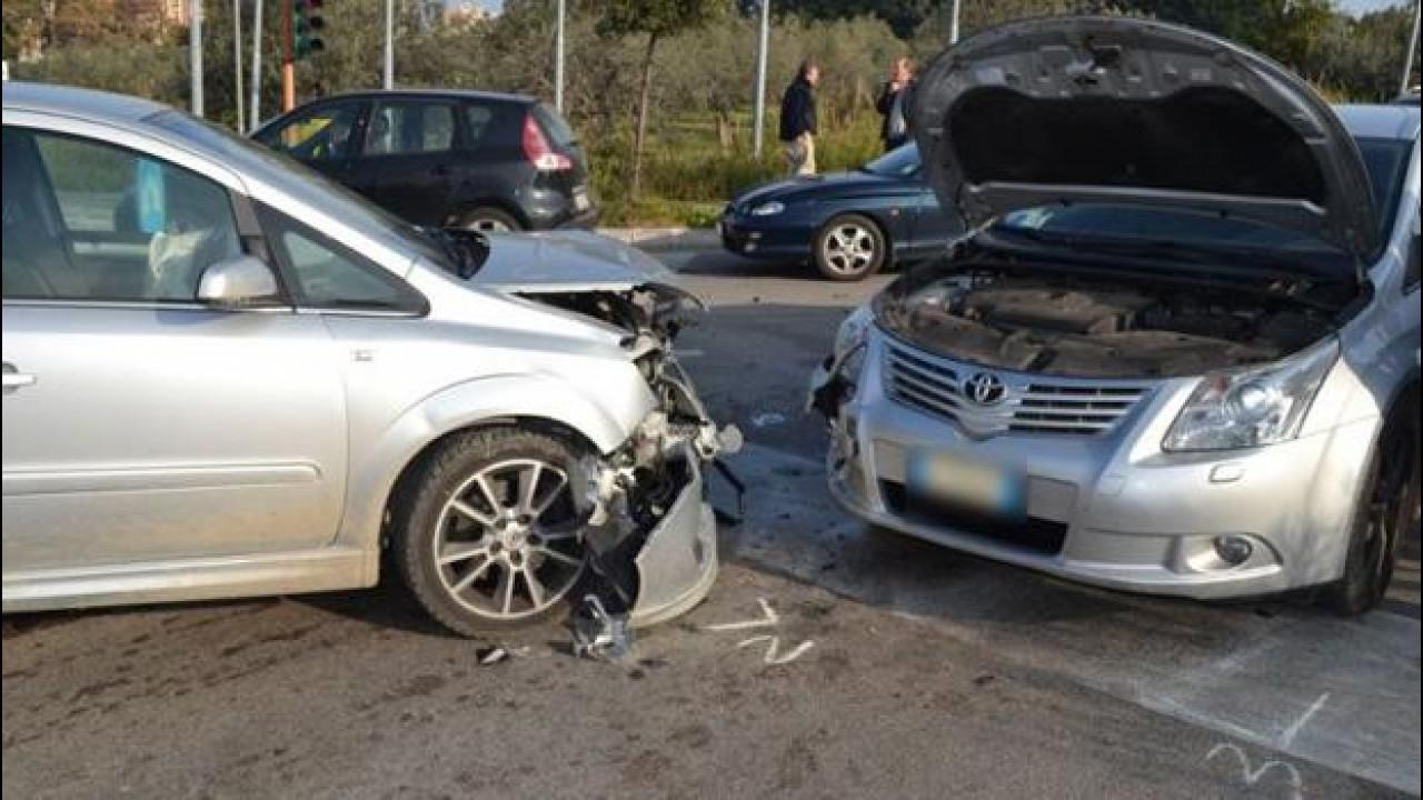 [Copertina] - Testimoni dell'incidente: proposta al Senato una norma scandalosa