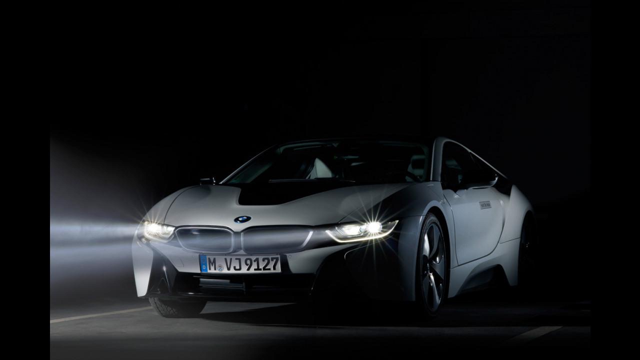 BMW e i fari a tecnologia laser