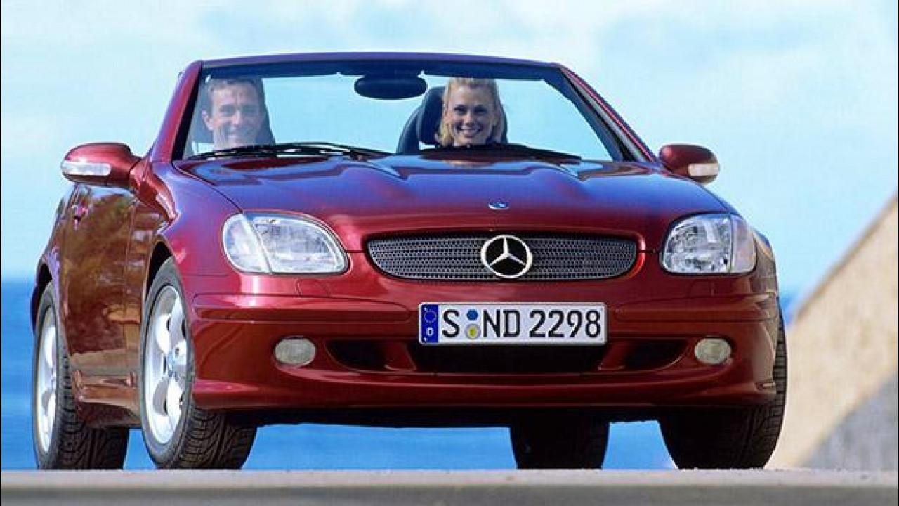 [Copertina] - Mercedes SLK, la roadster col metallo sulle spalle