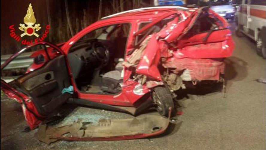 """Guida senza patente, ecco uno dei primi incidenti """"depenalizzati"""""""