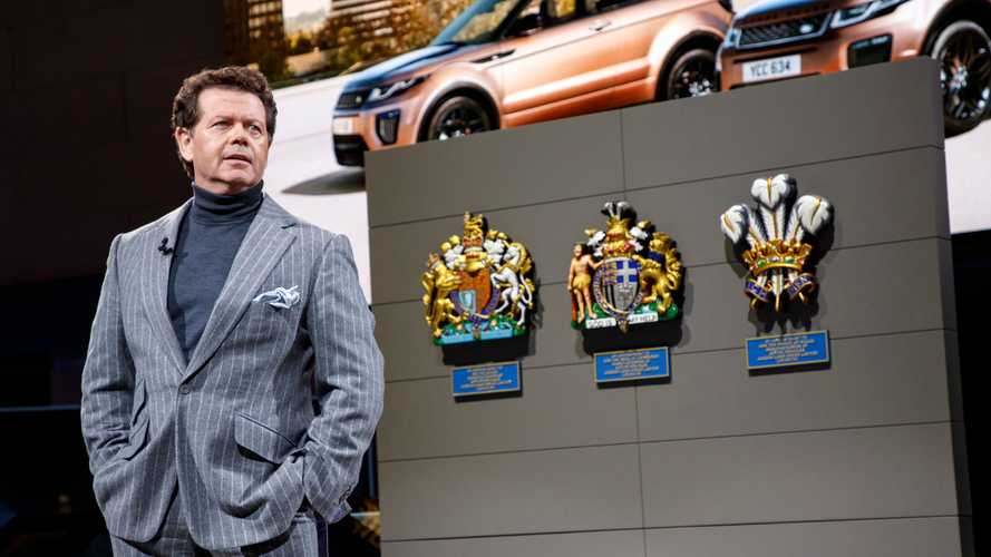 Британская королева пожаловала титул главному дизайнеру Land Rover