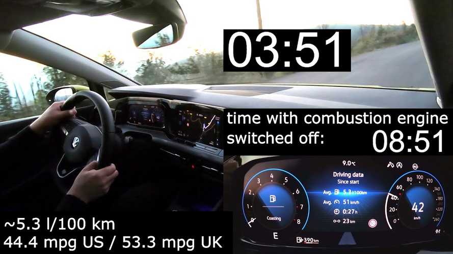 See the VW Golf 8 coast with engine off for nearly 4 minutes