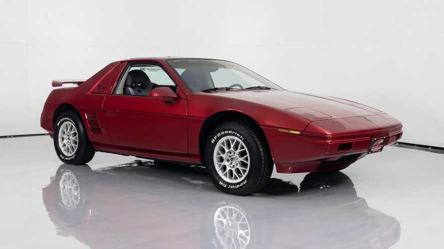 Stand Out In This Custom 1984 Pontiac Fiero Show Car