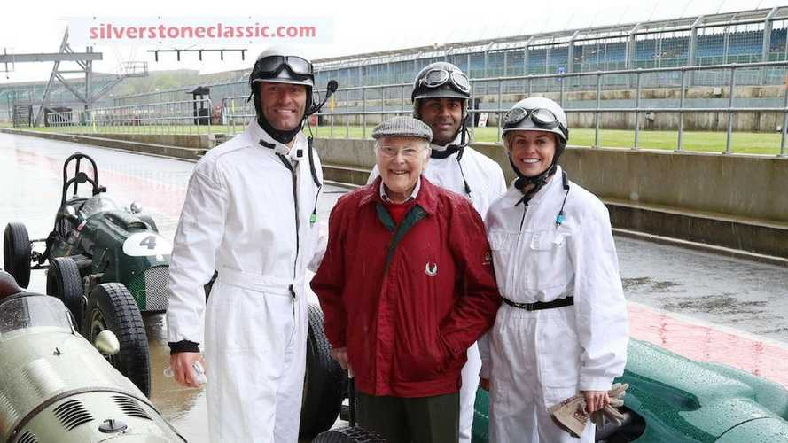 F1 TV presenters drive 1940s and '50s grand prix cars