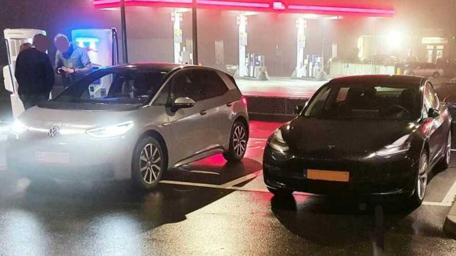 Volkswagen ID.3 vs Tesla Model 3: pela primeira vez lado a lado
