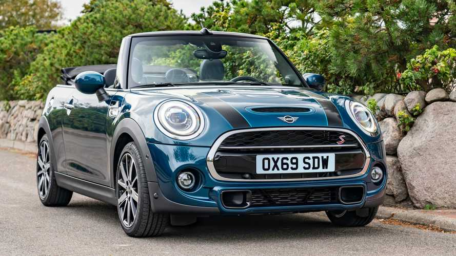 2020 MINI Convertible Sidewalk