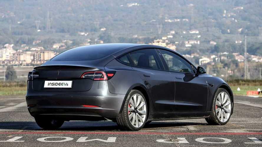 Tesla, kalite sorunları bulunan bu Model 3'ün iadesini kabul etmemiş