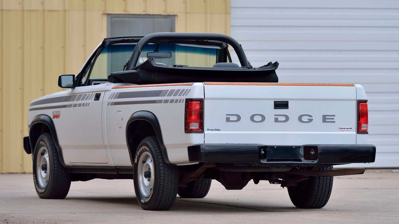 This 1990 Dodge Dakota Is Not Your Typical Convertible For Auction