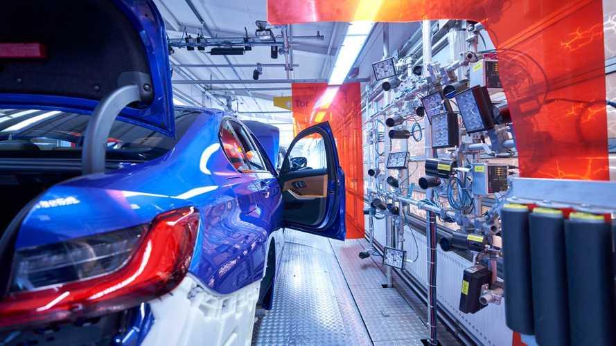 BMW ждет падения прибыли и закрывает заводы в Европе и Африке