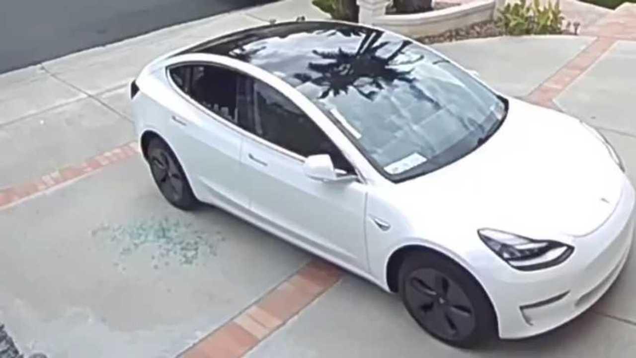 El propietario dice que la ventana Tesla Model 3 se hizo añicos, acusada de FUD 1